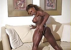 high heels porn : amateur ebony sluts
